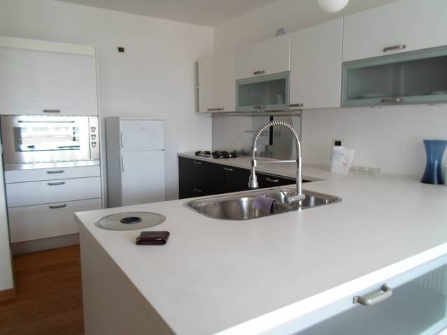 Appartamento in ottime condizioni arredato in vendita Rif. 4819033