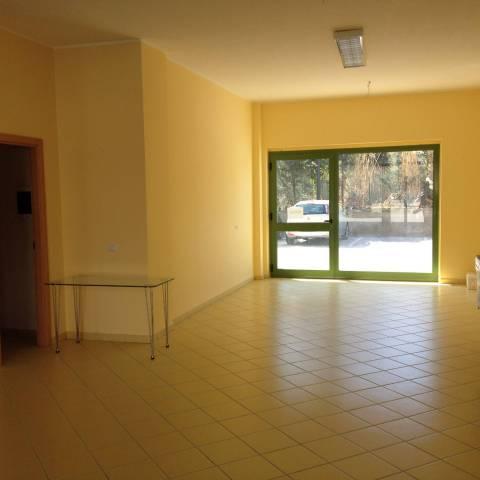 Locale comm. zona Nunziatella nuovo Rif. 4272734