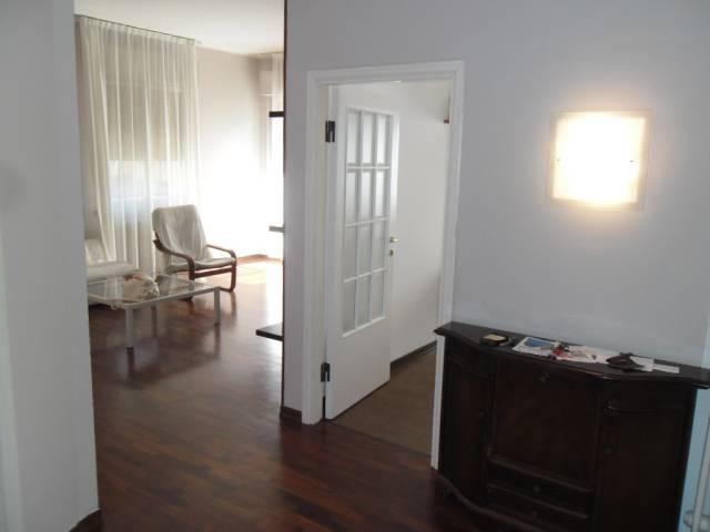 Appartamento 5 locali in vendita a Pesaro (PU)
