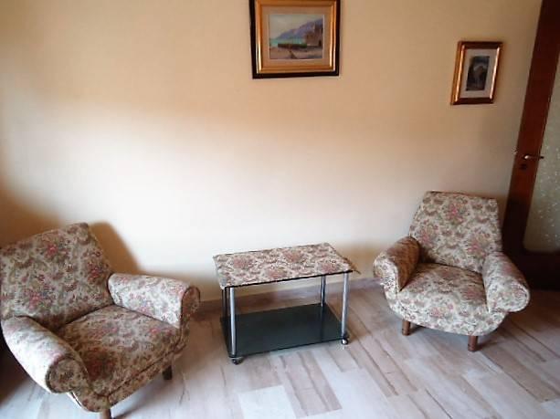 Appartamento in buone condizioni arredato in affitto Rif. 7559294
