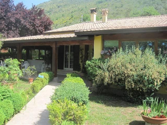Appartamento in affitto a Piedimonte San Germano, 4 locali, prezzo € 500 | CambioCasa.it