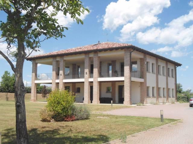 Locale commerciale 6 locali in affitto a Bologna (BO)