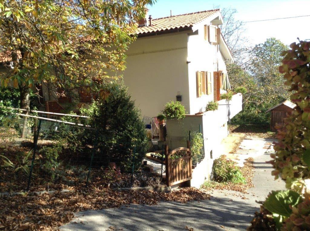 Appartamento in Affitto a Marliana Centro: 4 locali, 90 mq