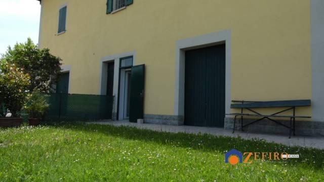 Villetta in Vendita a Sala Bolognese Periferia: 5 locali, 220 mq