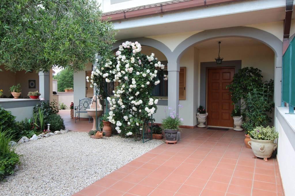 Villa in Vendita a Bracciano