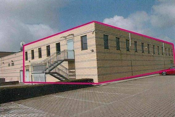 Magazzino in vendita a Caluso, 2 locali, prezzo € 165.000 | CambioCasa.it