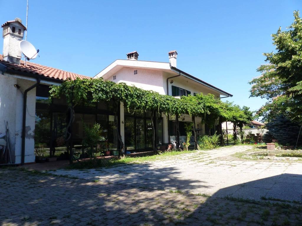 Casa Indipendente in ottime condizioni in vendita Rif. 5148718