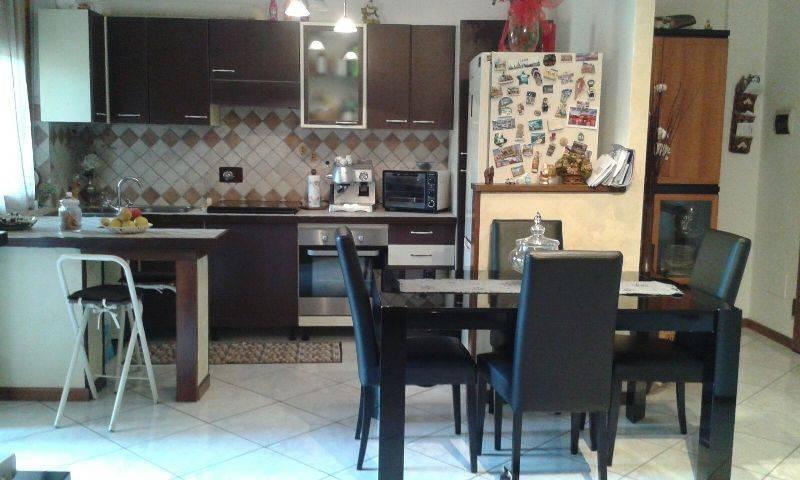Appartamento in vendita Rif. 8172888