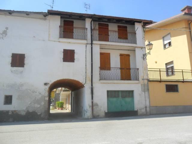 Appartamento in buone condizioni in vendita Rif. 4815560