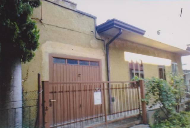 Villa-Villetta Villa in Vendita a Rovigo