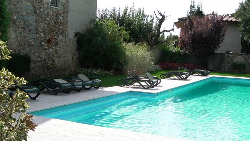 Calvagese Della Riviera, mervaglioso bilocale in residence.