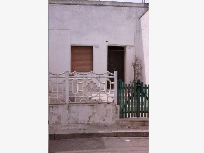 Appartamento da ristrutturare in vendita Rif. 5293024
