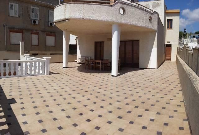 Villa 6 locali in vendita a Gela (CL)