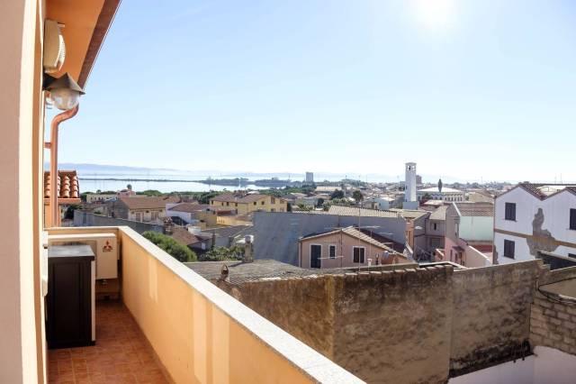 Appartamento trilocale in vendita a Sant'Antioco (CI)