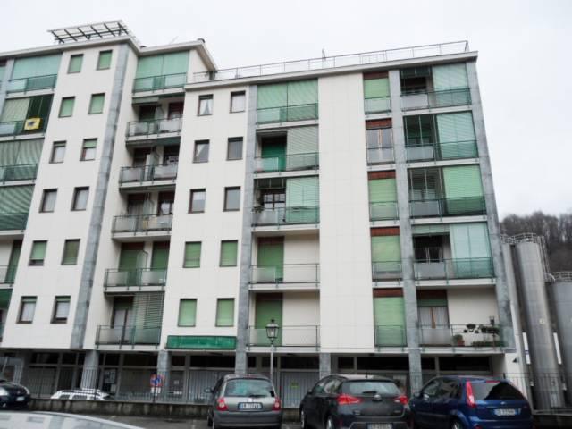 Appartamento in buone condizioni in vendita Rif. 4932400