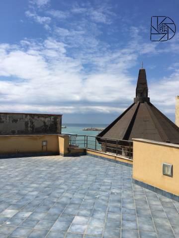Stabile / Palazzo in vendita Rif. 4934004