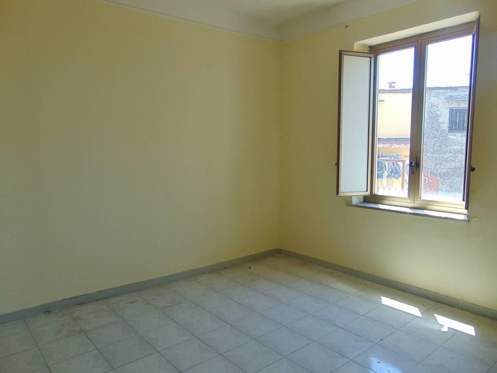 Appartamento in buone condizioni in vendita Rif. 9424000