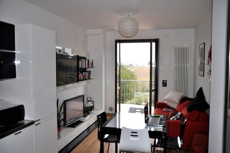Appartamento in vendita a Monsano, 4 locali, prezzo € 120.000 | PortaleAgenzieImmobiliari.it