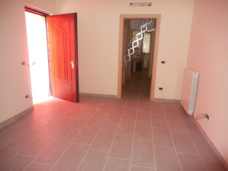 Appartamento in vendita a Serra San Quirico, 5 locali, prezzo € 115.000 | PortaleAgenzieImmobiliari.it