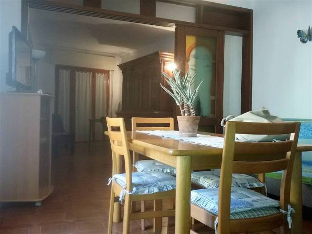 Appartamento in buone condizioni arredato in affitto Rif. 4932501