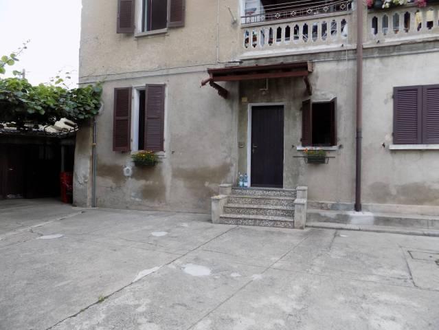 Appartamento in affitto a Valmorea, 2 locali, prezzo € 380 | Cambio Casa.it