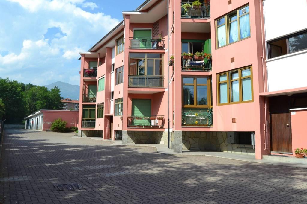 Appartamento in buone condizioni arredato in vendita Rif. 5188541