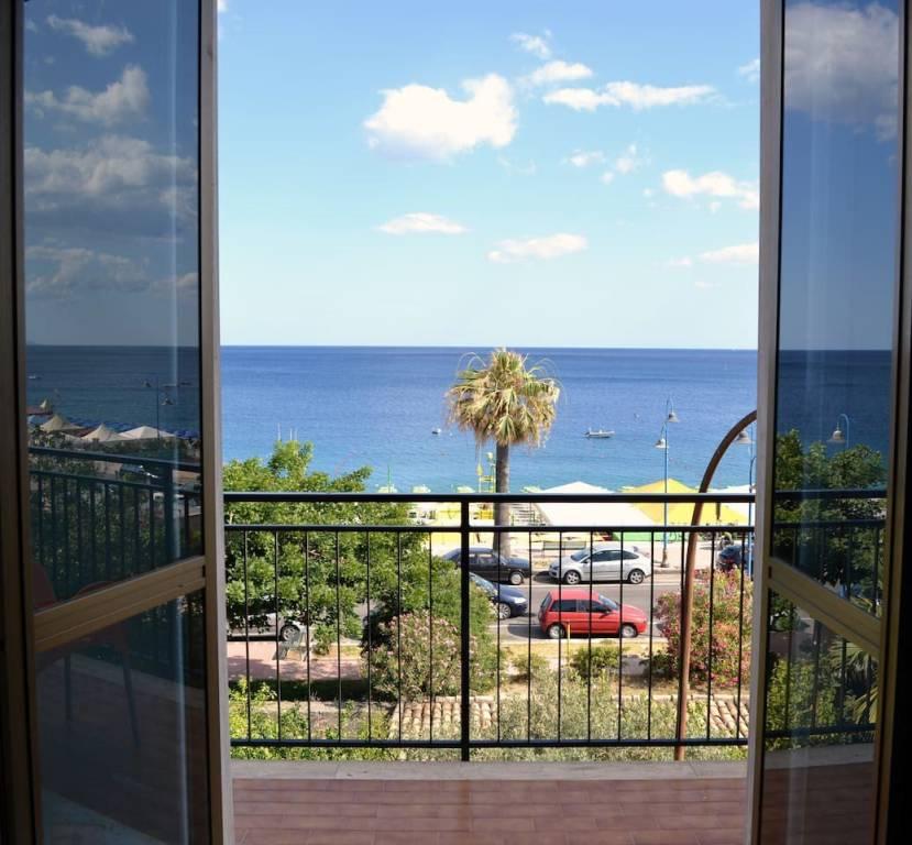 Appartamento in buone condizioni in vendita Rif. 4221284