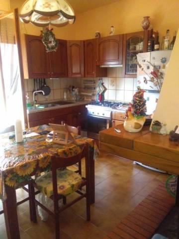 Appartamento in buone condizioni in vendita Rif. 4230998