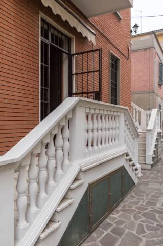 Appartamento in Vendita a Bologna Semicentro Est: 5 locali, 125 mq