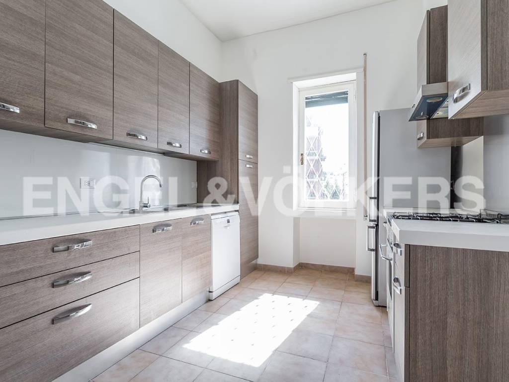 Appartamento in Vendita a Roma: 5 locali, 230 mq - Foto 4