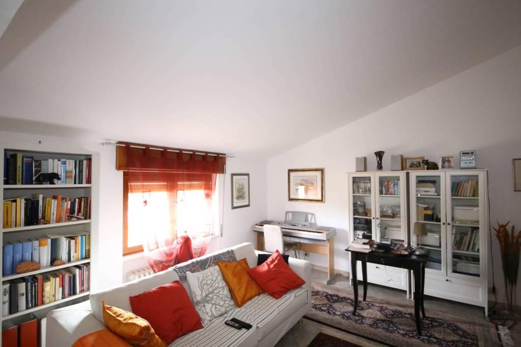 Appartamento in vendita a Cairo Montenotte, 3 locali, prezzo € 45.000 | PortaleAgenzieImmobiliari.it
