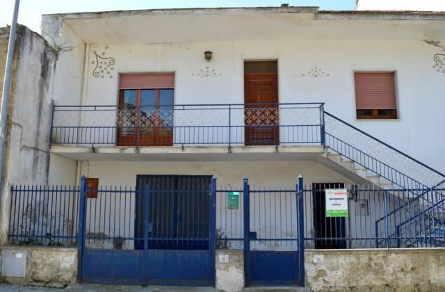 Appartamento quadrilocale in vendita a San Nicola la Strada (CE)