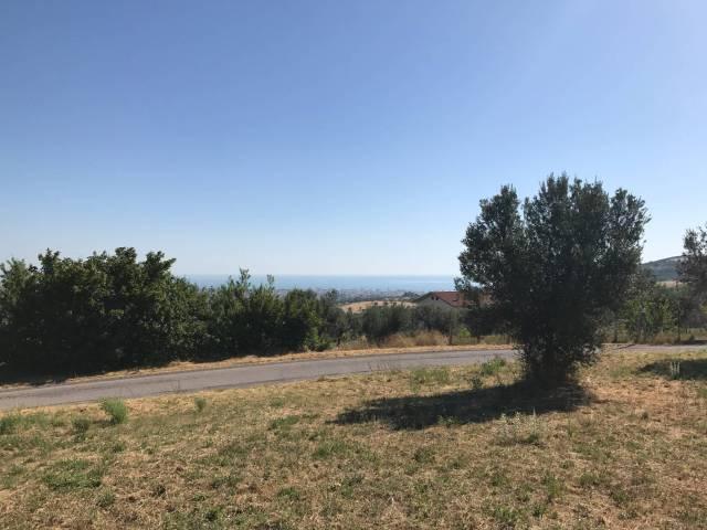 Terreno edificabile in vendita a Tortoreto (TE)