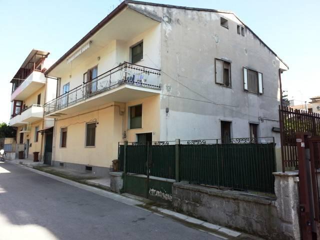 Appartamento 6 locali in vendita a San Nicola la Strada (CE)