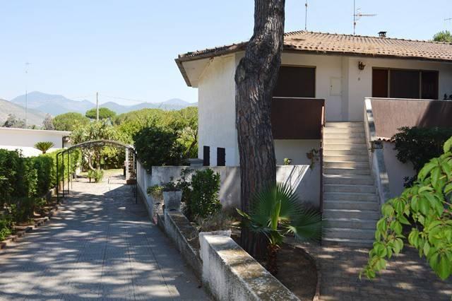 Villa trilocale in vendita a Fondi (LT)