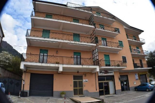 Appartamento in ottime condizioni in vendita Rif. 4943081