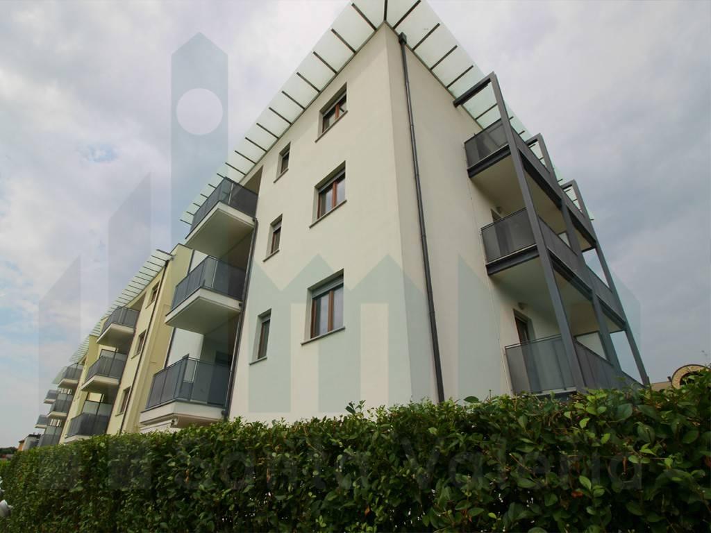Appartamento in affitto Rif. 5209938