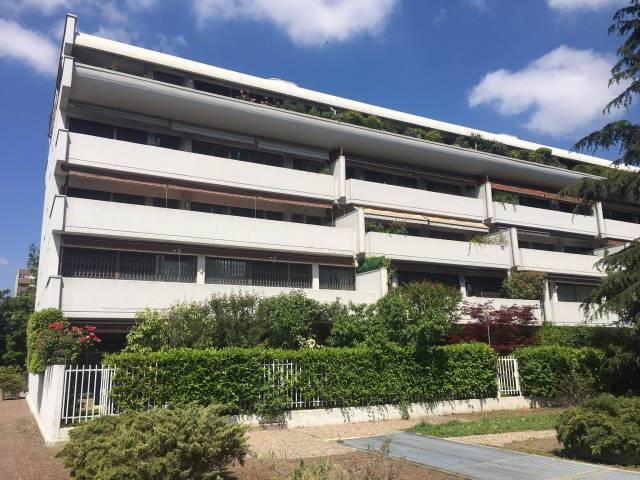 Appartamento in affitto a Bologna, 5 locali, zona Zona: 7 . Savena, Mazzini, Fossolo, Bellaria, prezzo € 1.000 | Cambio Casa.it