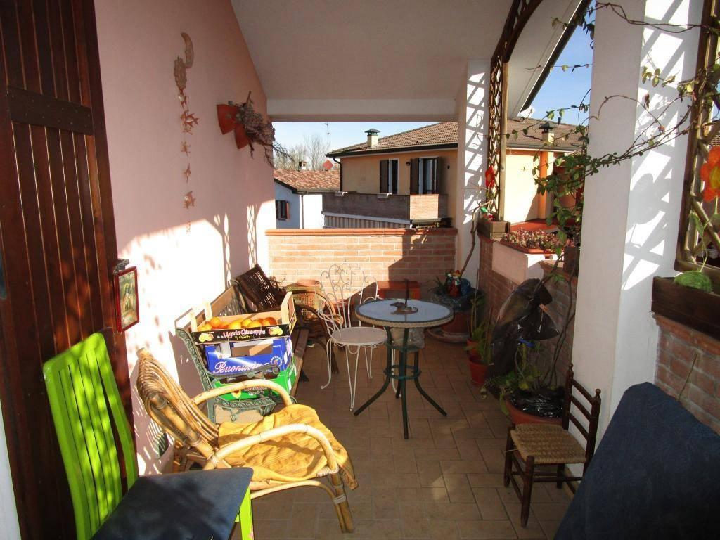 Appartamento in ottime condizioni in vendita Rif. 8977333