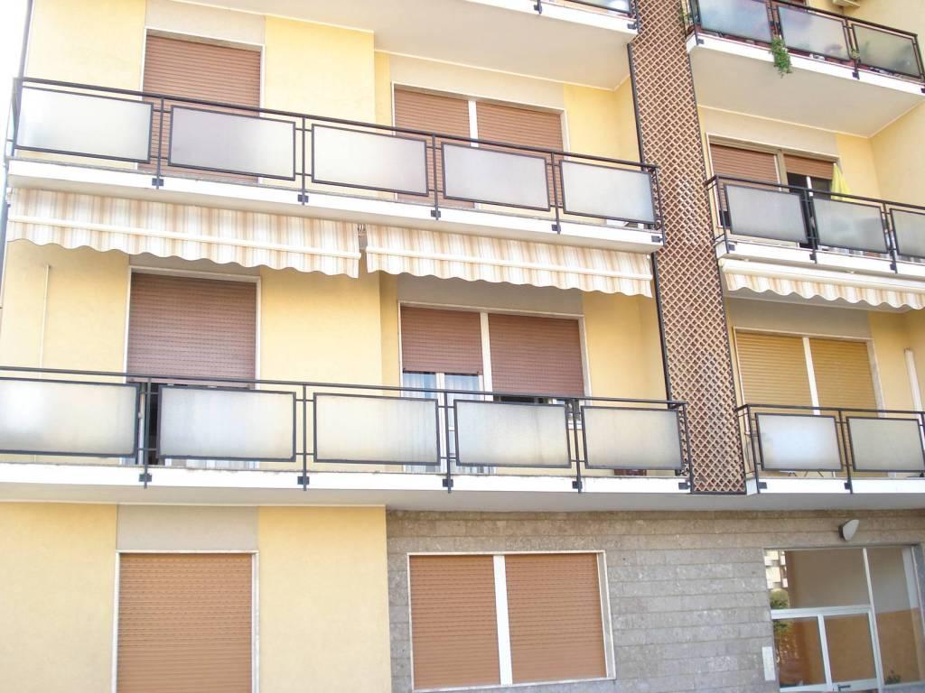Appartamento in buone condizioni in vendita Rif. 4427909