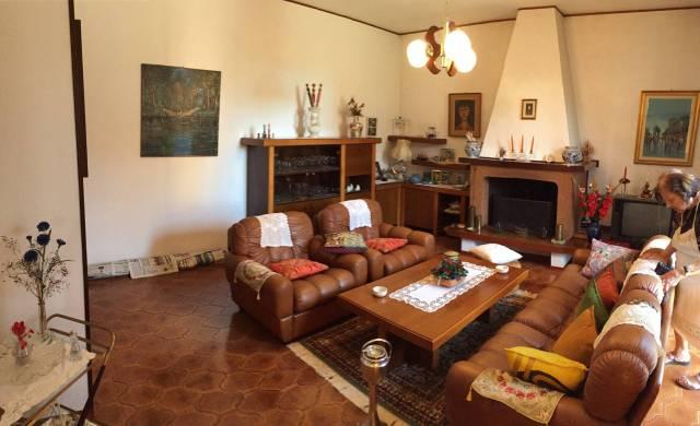Casa indipendente in Vendita a Ravenna Semicentro: 5 locali, 355 mq