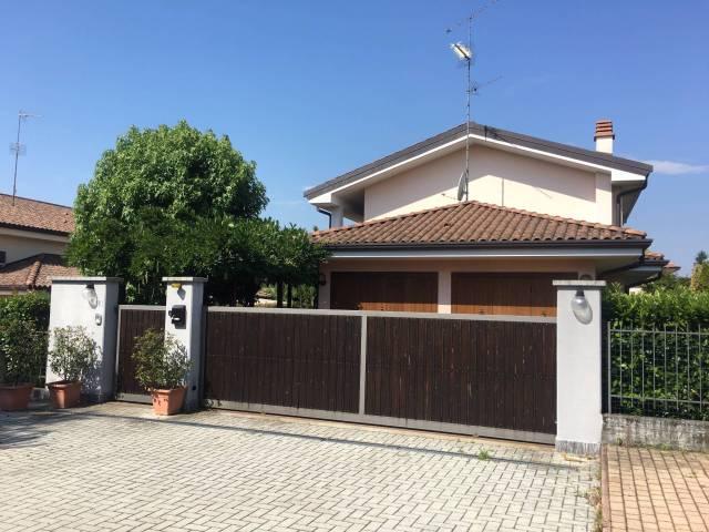 Villa in ottime condizioni in vendita Rif. 7334738