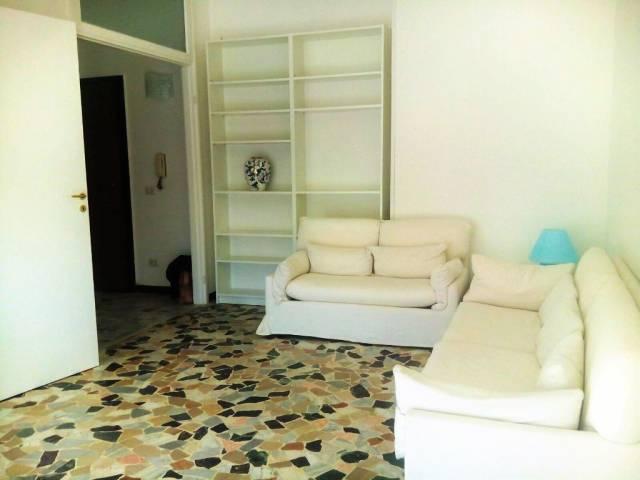 Appartamento in affitto a Novara, 3 locali, prezzo € 650   CambioCasa.it