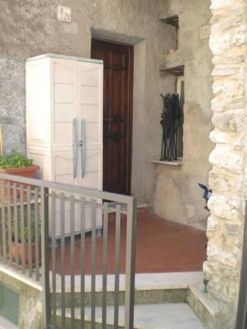 Appartamento in ottime condizioni arredato in vendita Rif. 4210361