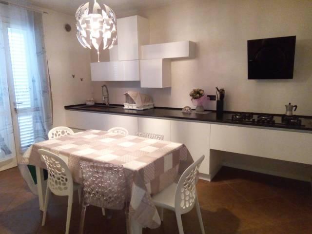 Villa in affitto a Chiesina Uzzanese, 9999 locali, prezzo € 800 | Cambio Casa.it