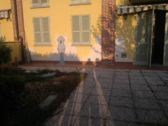 Appartamento in affitto a Chignolo Po, 2 locali, prezzo € 450 | Cambio Casa.it