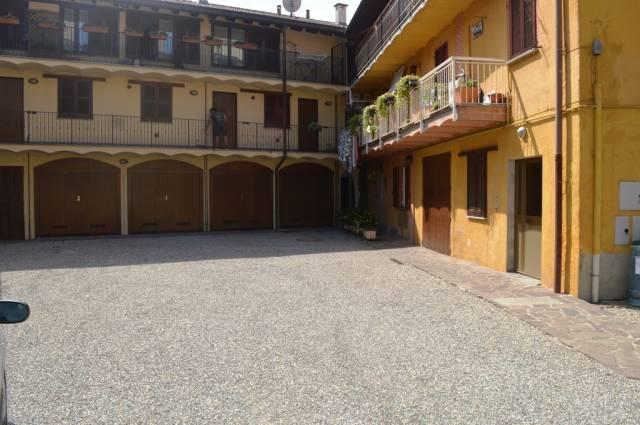 Appartamento in ottime condizioni in vendita Rif. 4601057