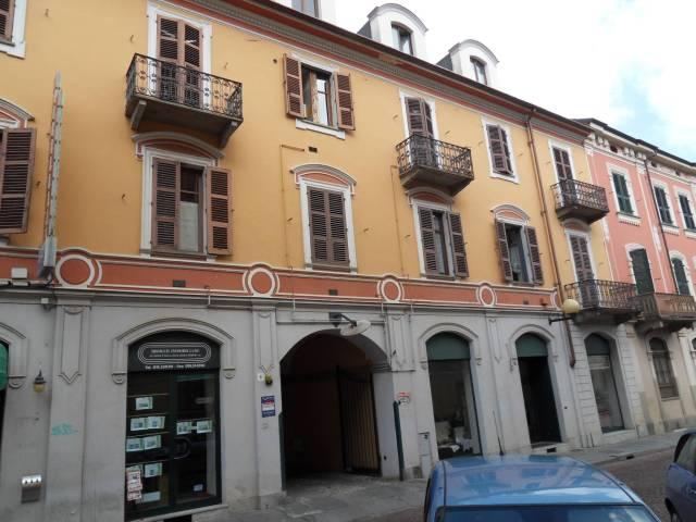 Appartamento in affitto a Biella, 2 locali, prezzo € 380 | Cambio Casa.it