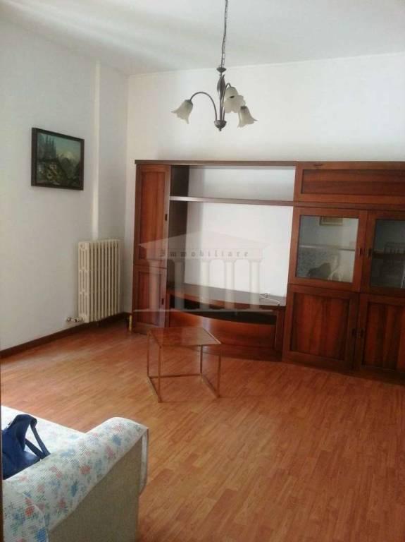 Appartamento in vendita a Lonate Pozzolo, 2 locali, prezzo € 75.000 | CambioCasa.it