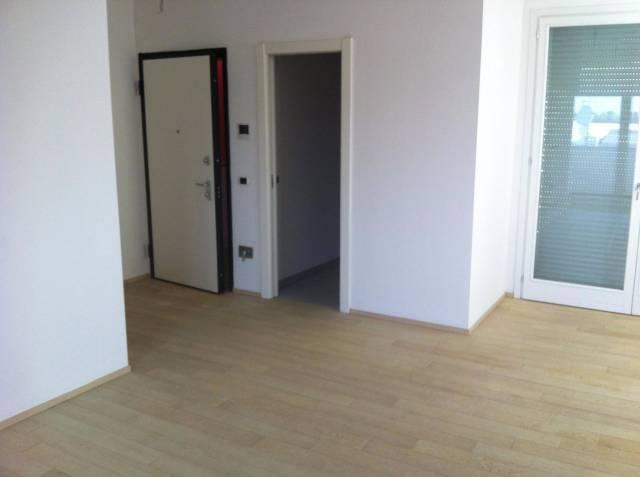 Attico / Mansarda in vendita a Carpi, 3 locali, prezzo € 225.000 | Cambio Casa.it